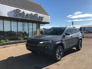 2019 Jeep New Cherokee Trailhawk NAV! SUNROOF! V6! REMOTE START!