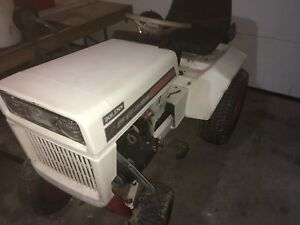 bolens tractors kijiji in ontario buy sell save with canada 39 s 1 local classifieds. Black Bedroom Furniture Sets. Home Design Ideas