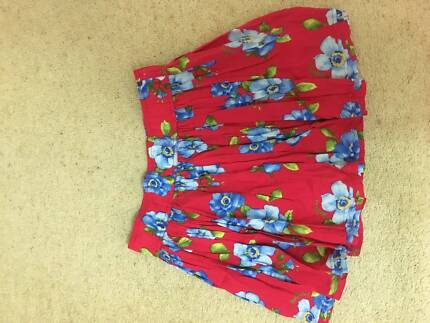Hollister Red Floral High Waisted Mini Skirt Size M