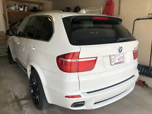Mint condition fully loaded 2010 BMW X5 M sport AWD