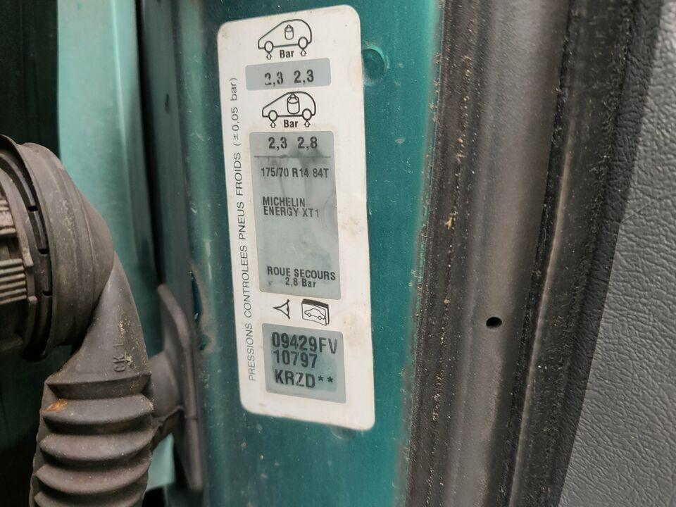 Schlachtfest Citroen Berlingo 1.6 16V grün KRZD Gas Motor NFU in Gronau (Westfalen)