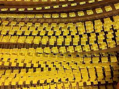 Ten 10 Avx .010 Uf 63v Metallized Polyester Film Capacitor 10000 Pf 0.2 Ls