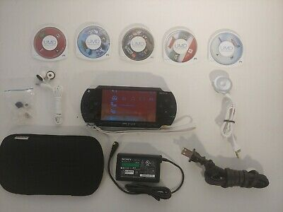 Sony PlayStation Portable - Black (PSP-1001) 5 GAMES+CHARGER. FANTASTIC COND!!!