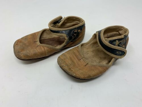 Antique VICTORIAN Pair 2-Tone LEATHER Baby Child Doll Shoes