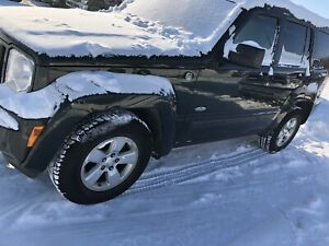 2010 Jeep Liberty Sport SUV, Crossover great shape must see