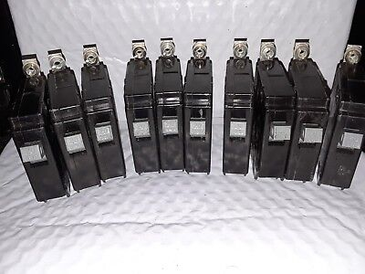 Lot Of10 Cutler Hammer Chb120 1 Pole 20 Amp Metal Foot Bolt On Circuit Breakers