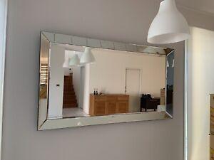 Gorgeous wall mirror
