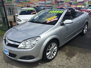 2008 HOLDEN ASTRA CONVERTIBLE, DRIVES LIKE NEW!! Carrara Gold Coast City Preview