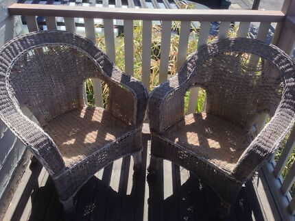 Gorgeous Vintage Wicker Chairs Spring Hill Brisbane North East Preview