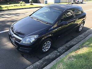 Holden astra 2007 ah coupe cheap bargain Shellharbour Shellharbour Area Preview