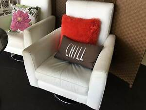 Nick Scali Leather Seats with Glass Table Pitt Town Hawkesbury Area Preview