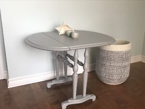 Vintage Table (...and more)