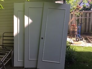 6 interior doors  and 1 solid core 75$ and 20$ each