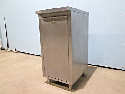 Perlick H.d. Commercial Nsf Under Counter Back Bar S.s. Liquorwine Cabinet