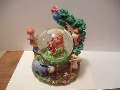 Disney Winnie the Pooh Music Snow Globe Movement Tigger Christopher Robin Eeyore