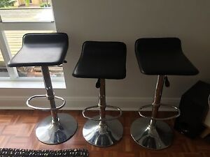 Good condition bar stools Mount Keira Wollongong Area Preview