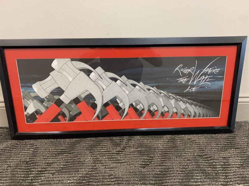 ROGER WATERS, THE WALL LIVE, MARCHING HAMMERS BY SCARFE, LIMITED EDITION PRINT