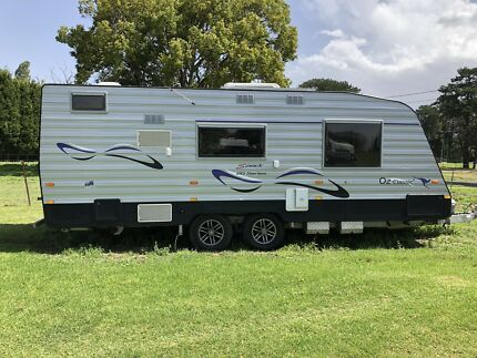 Caravan New Age Oz Classic 20ft series. Excellent condition Ingleside Warringah Area Preview