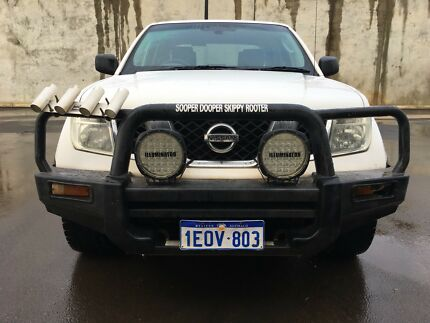 2009 Nissan Navara D40 Turbo Diesel  #MAKE AN OFFER#