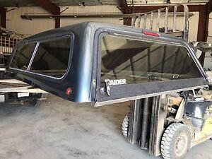 Raider Canopy Topper for  6.5ft box sliding rear window