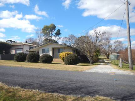 One bedroom units for sale in Tentefiled NSW 2372 Tenterfield Tenterfield Area Preview