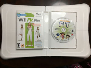 Wii Balance Board + Wii Fit Plus + Nickelodeon Fit