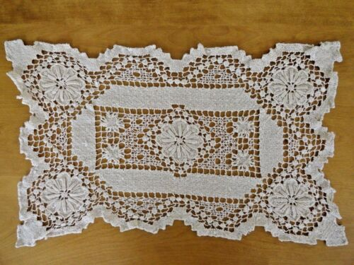 Antique Mondano Netting Lace 12 Place Mats & 1 Tray Cover Ivory Floral Design