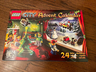 NEW LEGO CITY 2824 Advent Calendar 2010 Retired Christmas
