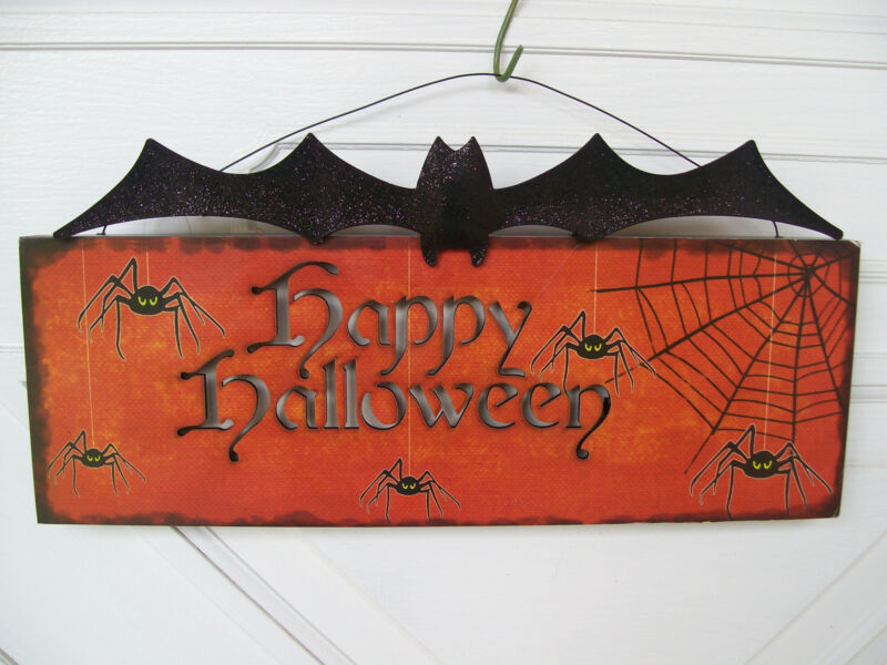 NWT HAPPY HALLOWEEN  Spiders & Web metal Scary BLACK BAT LED light up Wall Sign