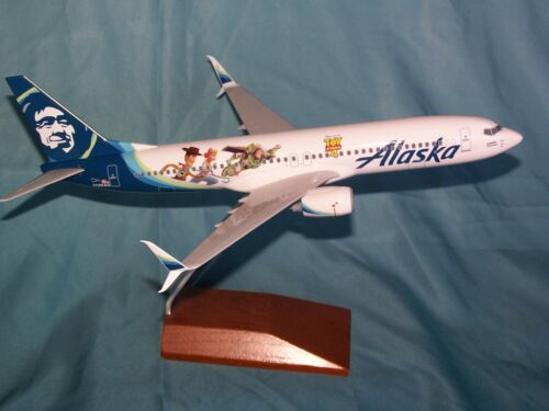 ALASKA AIRLINES  737- 800 1:130 TOY STORY 4  SKYMARKS - EXECUTIVE