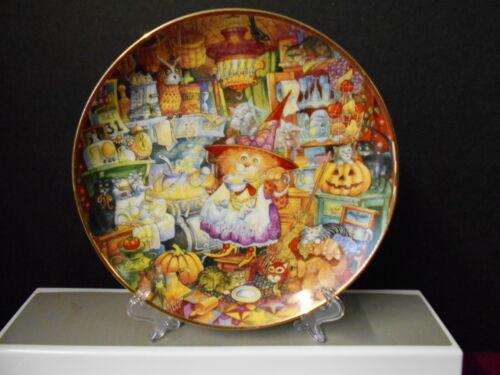 "Franklin Mint Bill Bell Decorative ""SCAREDY CATS "" Cat Plate 8 1/8"""