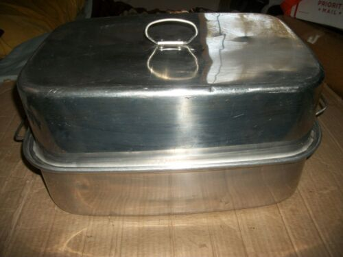 Vintage Aluminum Roaster/Roasting Pan With Lid/Covered - Unbranded