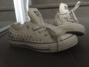Souliers converse femme/fille NEUF