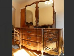 Vintage FRENCH PROVINCIAL dresser/buffet with mirror