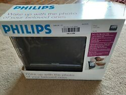 Philips Digital Alarm Clock FM Radio AJL308/17 Open Box Black w/ 7 screen