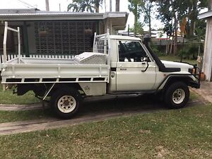 1999 Toyota LandCruiser Ute Whitfield Cairns City Preview