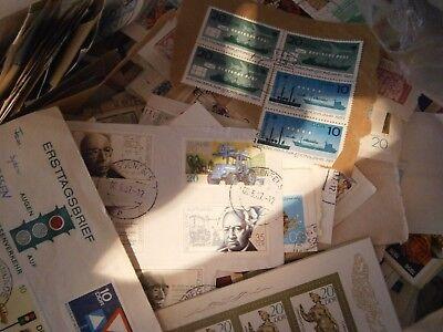 Kiloware DDR / East Germany 1 KG mit viele Sondermarken
