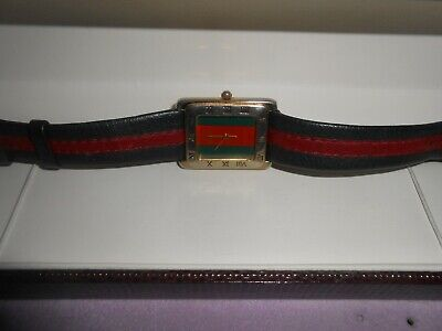 LADIES VINTAGE TRADITIONAL 'GUCCI' GREEN & RED DIAL, STRAP WATCH 2035 - WORKING