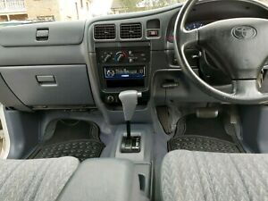 Toyota hilux 2003 automatic