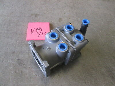 NOS WABCO Air Brake Foot Valve 4613151610, FMTV LMTV MTV M1078, used for sale  Marble Falls
