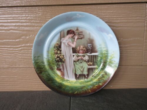 ANTIQUE AUSTRIA PORTRAIT PLATE LOVEBIRDS BY MAUDE GOODMAN CIRCA 1900