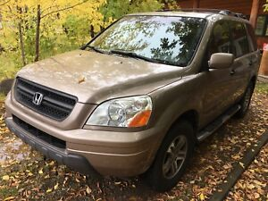 One owner 2004 Honda Pilot full load leather
