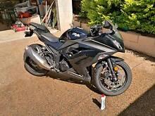 Kawasaki Ninja 300 (black) Redbank Ipswich City Preview
