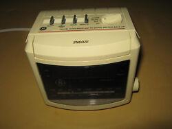 GE General Electric digital alarm clock radio 7-4606WHB AM/FM vintage electronic
