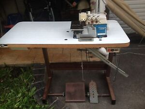 Industrial Overlocker Singer  872A Gosford Gosford Area Preview