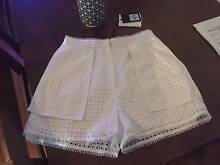 Sass and Bide - Two Superpowers White Shorts Size 42 (12) - New! Chadstone Monash Area Preview