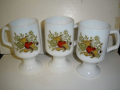 VINTAGE SET OF 3 MILK GLASS VEGETABLE DECOR COFFEE CUPS OR MUGS /MUSHROOM /ONION
