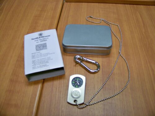 """""""Silver"""" Dog Tag Watch, Smith & Wesson, w/ Carabiner Clip and Metal Storage Box"""