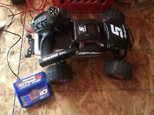Traxxas RC Truck - Snap On