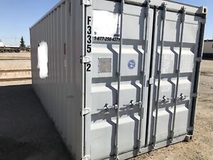 Shipping Containers / Sea Cans : 20' LIKE NEW ON SALE!!